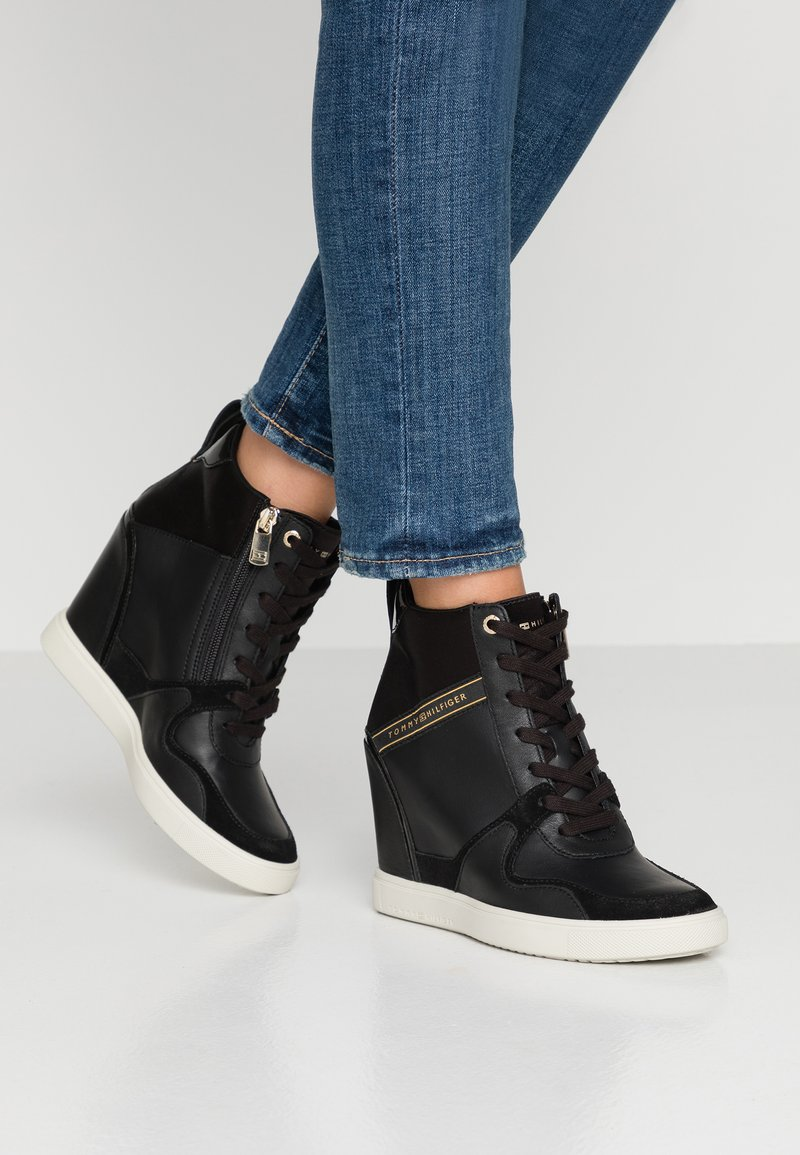 Tommy Hilfiger - DRESSY WEDGE - Sneaker high - black