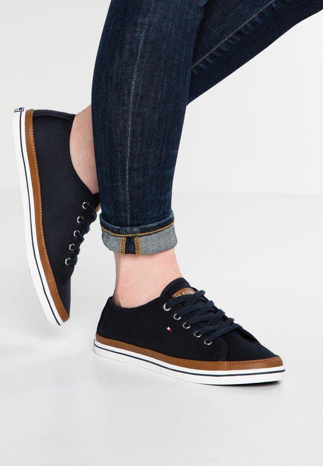 KESHA  - Sneakers - dark blue