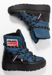 Tommy Hilfiger - CITY VOYAGER SNOW BOOT - Snowboot/Winterstiefel - desert sky