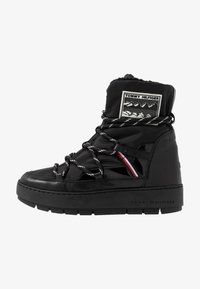 Tommy Hilfiger - CITY VOYAGER SNOW BOOT - Winter boots - black - 1