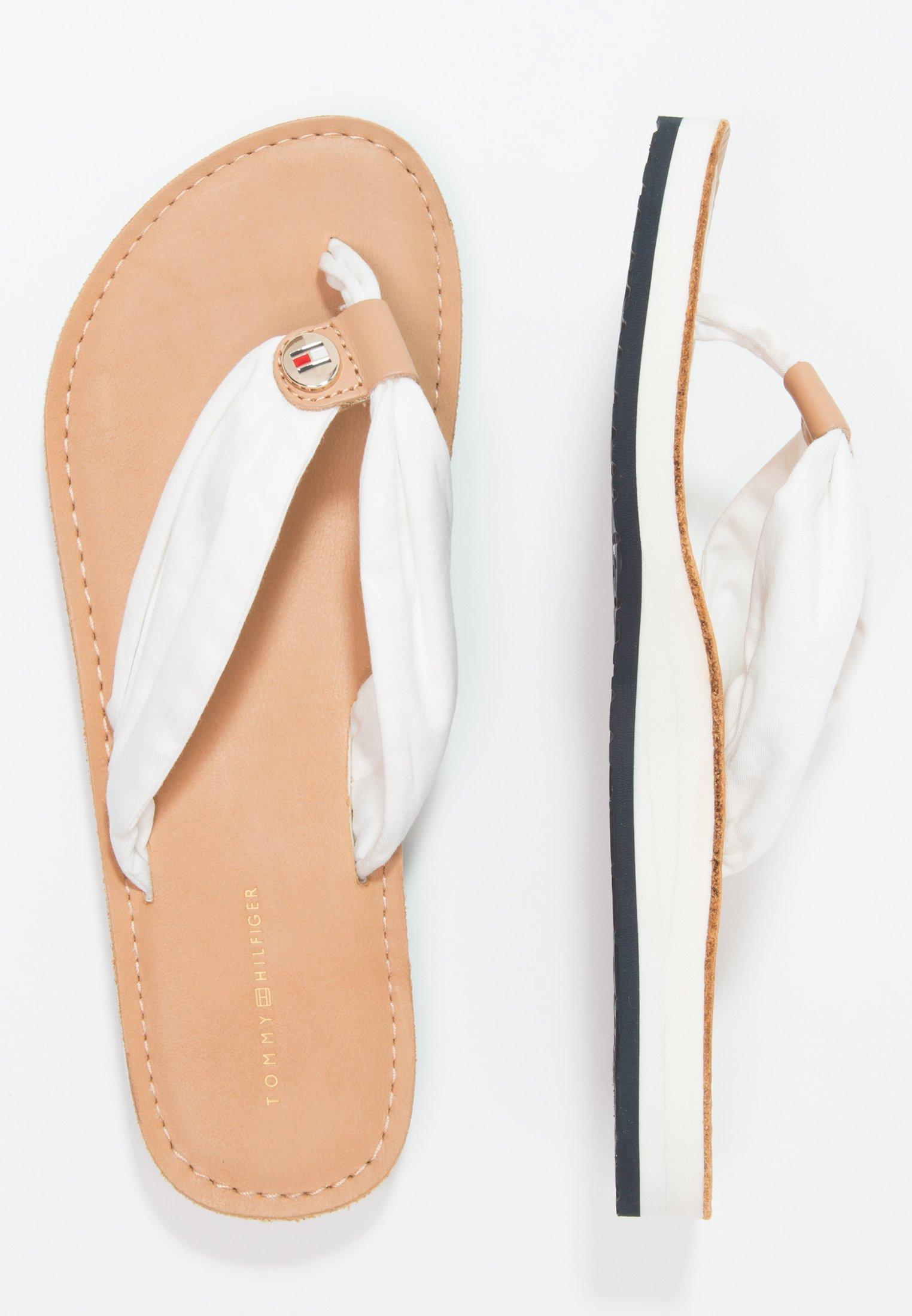 Tommy Hilfiger LEATHER FOOTBED BEACH SANDAL - Japonki - white
