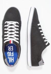 Tommy Hilfiger - HARLOW - Sneakersy niskie - black - 1