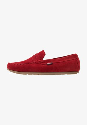 CLASSIC PENNY LOAFER - Mokasíny - red