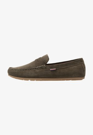 CLASSIC PENNY LOAFER - Mocasines - khaki