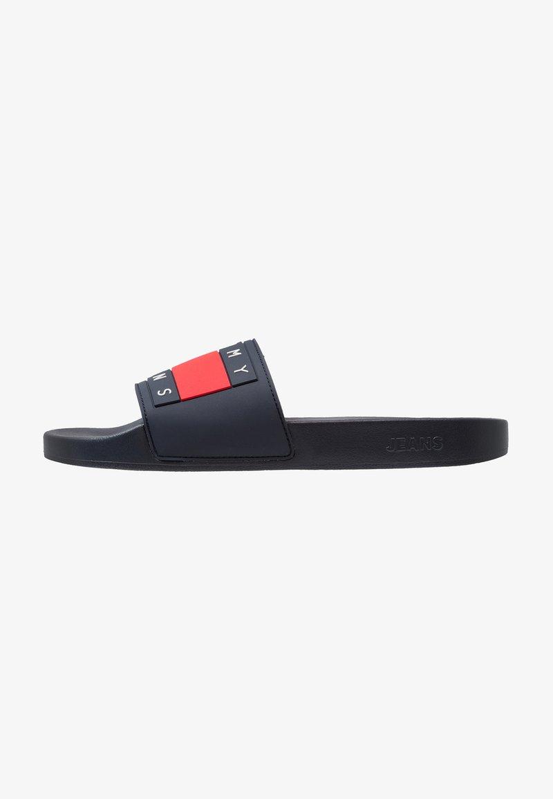 Tommy Jeans - FLAG SLIDE - Sandály do bazénu - blue