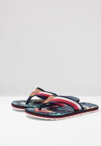 Tommy Hilfiger - TROPICAL PRINT BEACH  - Sandalias de dedo - red - 2