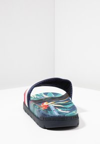 Tommy Hilfiger - TROPICAL PRINT - Mules - red - 3