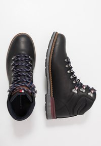 Tommy Hilfiger - OUTDOOR HIKING LACE BOOT - Veterboots - black - 1