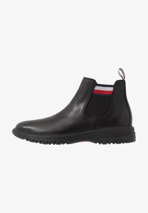 CLEATED OUTSOLE CHELSEA BOOT - Nilkkurit - black