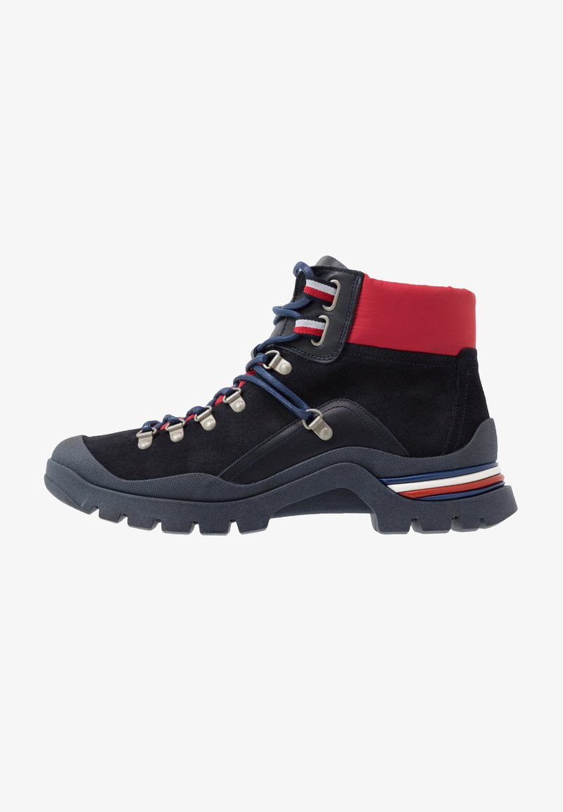 Tommy Hilfiger - CORPORATE OUTDOOR BOOT - Botines con cordones - blue