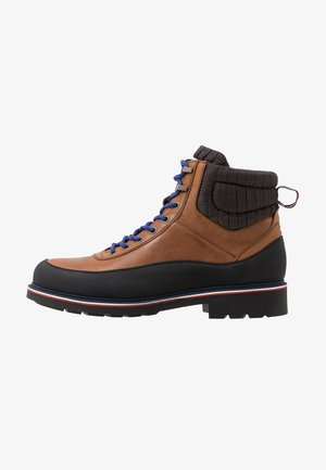 CORPORATE BOOT - Veterboots - brown