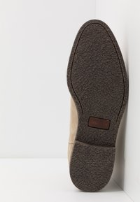 Tommy Hilfiger - TOMMY X MERCEDES-BENZ CHELSEA BOOT - Classic ankle boots - beige - 4