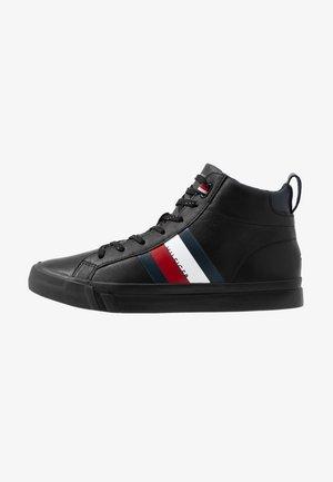 FLAG DETAIL - Sneakers hoog - black