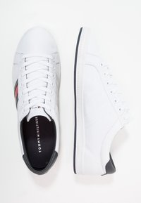 Tommy Hilfiger - ESSENTIAL FLAG DETAIL - Sneakers - white - 1