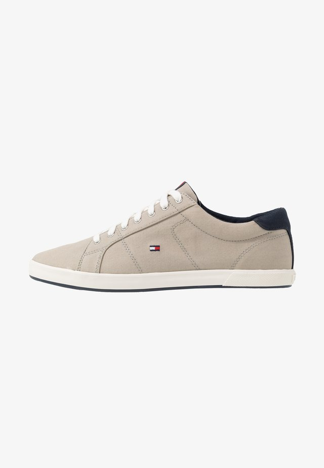 ICONIC LONG LACE - Sneakers laag - beige