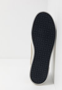 Tommy Hilfiger - ICONIC LONG LACE - Sneakersy niskie - beige - 4