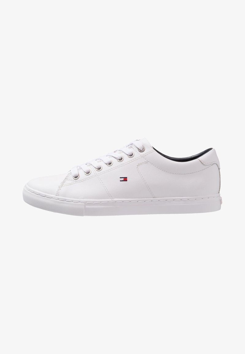 Tommy Hilfiger - ESSENTIAL - Matalavartiset tennarit - white