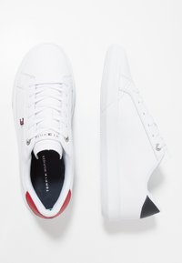 Tommy Hilfiger - ESSENTIAL CUPSOLE - Baskets basses - white - 1