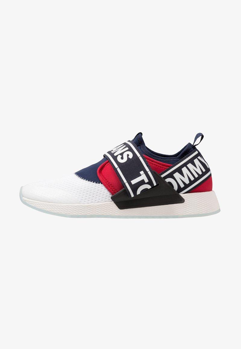 Tommy Jeans - FLEXI - Loaferit/pistokkaat - red