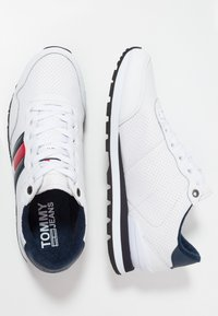 Tommy Jeans - LIFESTYLE - Sneakers laag - white - 1