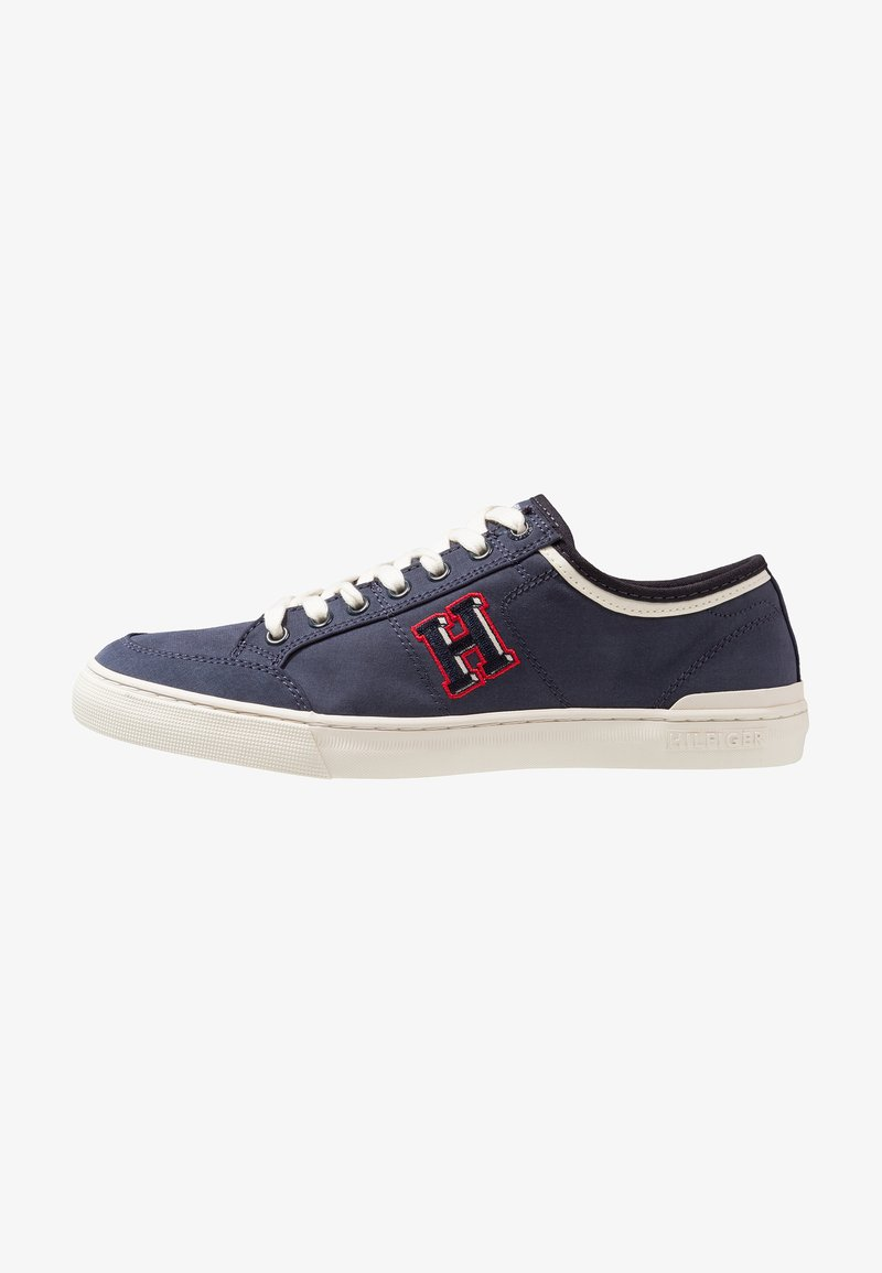 Tommy Hilfiger - CORE CORPORATE SEASONAL - Sneakersy niskie - blue