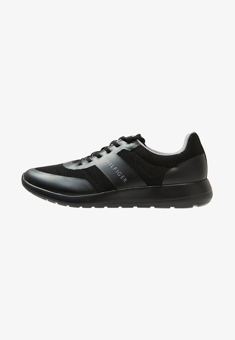 Tommy Hilfiger - CORE LIGHTWEIGHT RUNNER - Sneakersy niskie - black