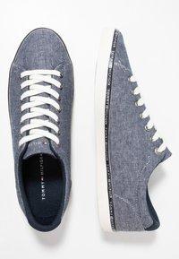 Tommy Hilfiger - ESSENTIAL  - Sneaker low - blue - 1
