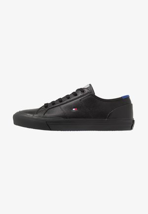 CORE CORPORATE FLAG  - Sneakersy niskie - black
