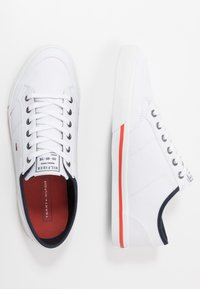 Tommy Hilfiger - HARRINGTON - Baskets basses - white