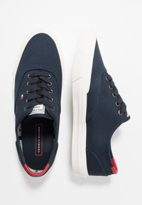 Tommy Hilfiger - CORE OXFORD - Trainers - blue - 1