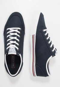 Tommy Hilfiger - CORE CORPORATE - Trainers - blue - 1