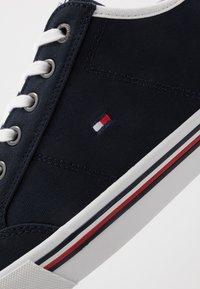 Tommy Hilfiger - CORE CORPORATE - Trainers - blue - 5