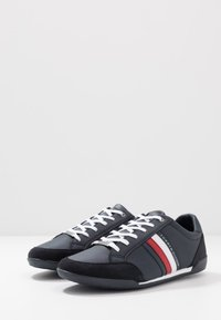 Tommy Hilfiger - CORPORATE - Sneakersy niskie - blue - 2