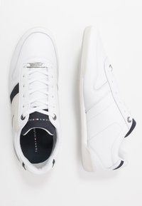 Tommy Hilfiger - PREMIUM CUPSOLE - Trainers - white - 1