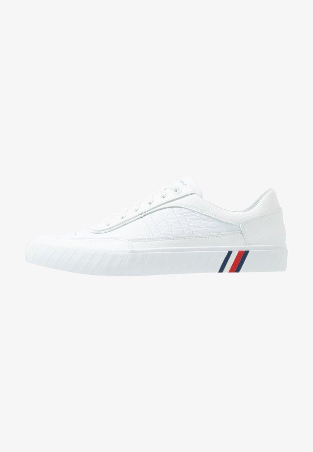CORPORATE  - Sneakersy niskie - white