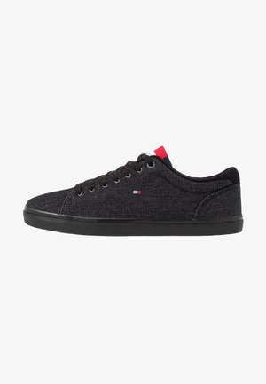 ESSENTIAL LONG LACE - Sneakersy niskie - black