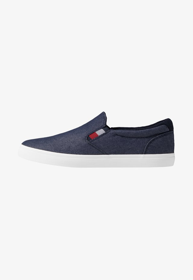 ESSENTIAL - Slipper - blue