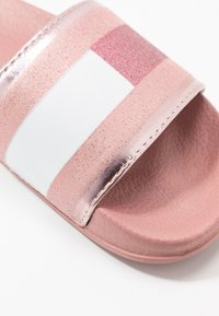 Tommy Hilfiger - Mules - rose/gold - 5