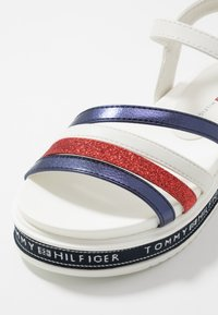 Tommy Hilfiger - Sandály - blue/red/white - 2