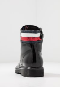 Tommy Hilfiger - Lace-up ankle boots - black - 3