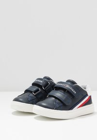 Tommy Hilfiger - Zapatillas - blue/white - 3