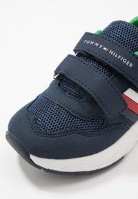 Tommy Hilfiger - Sneakers laag - blue/green - 2