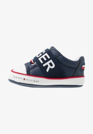 První boty - blue