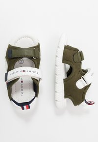Tommy Hilfiger - Chodecké sandály - military green/white - 0