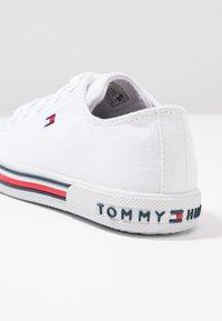 Tommy Hilfiger - Joggesko - white - 2