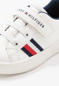 Tommy Hilfiger - Zapatillas - white/blue - 5