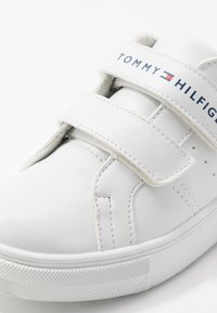 Tommy Hilfiger - Sneakers laag - white/blue/red - 2
