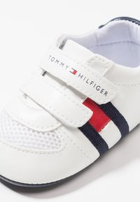 Tommy Hilfiger - First shoes - white/blue - 2