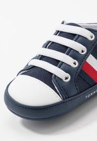 Tommy Hilfiger - Chaussons pour bébé - blue - 5