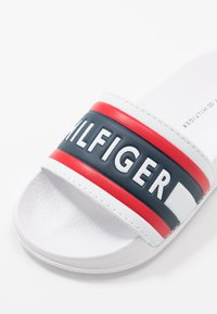 Tommy Hilfiger - Pantofle - white/red/blue - 2